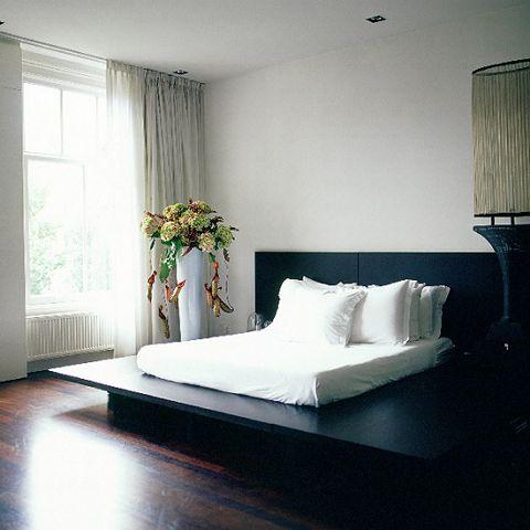 Recamara matrimonial minimalista for Recamaras minimalistas
