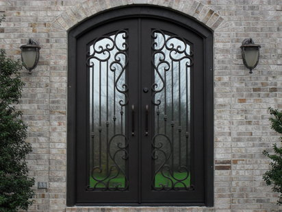 Fotos de puertas de hierro for Disenos de puertas de hierro