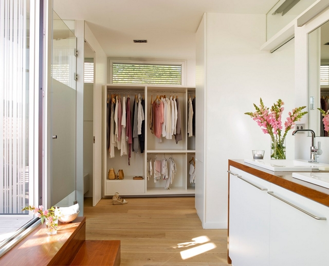 Diseño de baño con vestidor 2