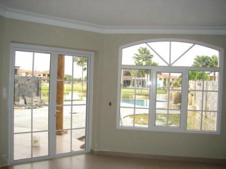 Fotos de puertas y ventanas.