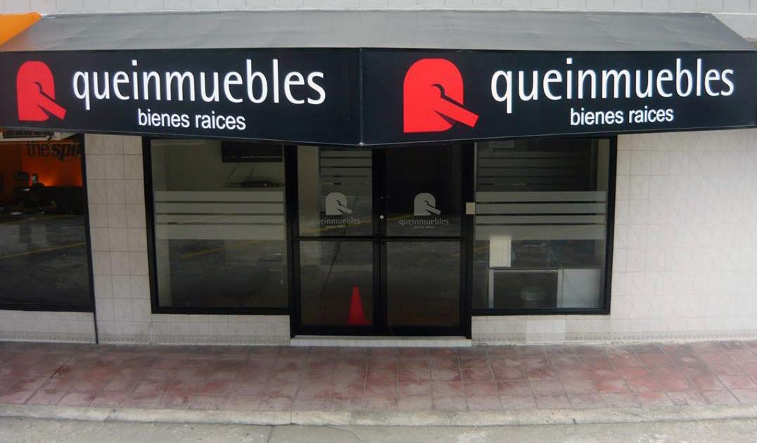 Fachadas para locales comerciales for Fachadas de casas modernas con negocio
